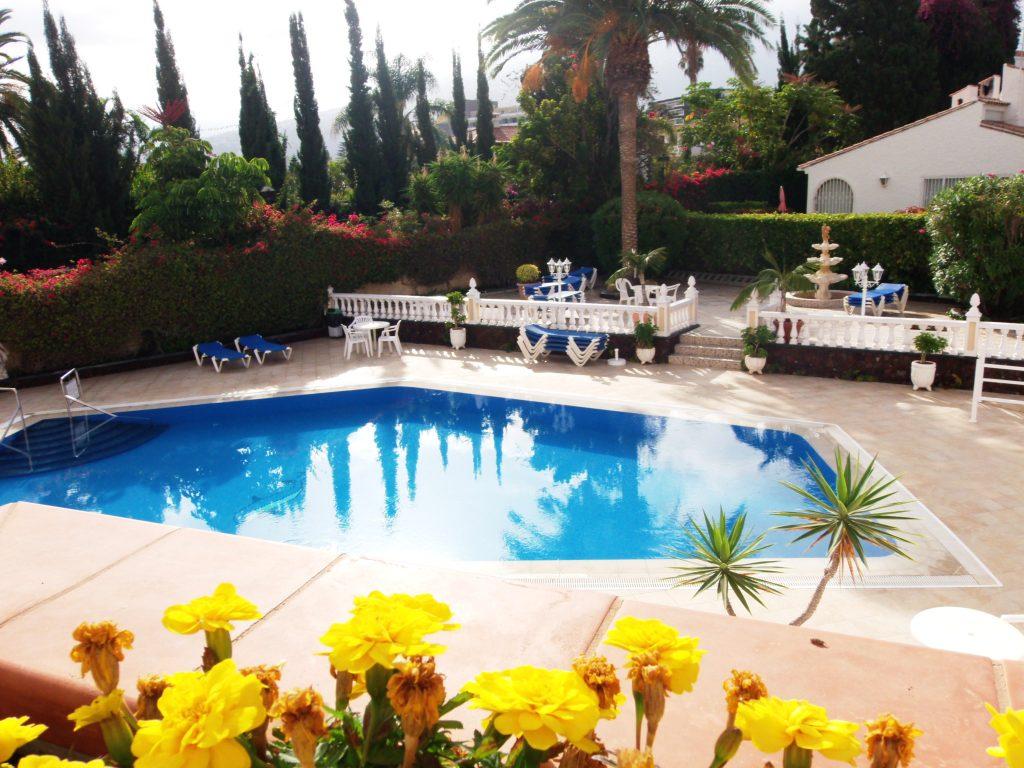 vista piscina Ikarus