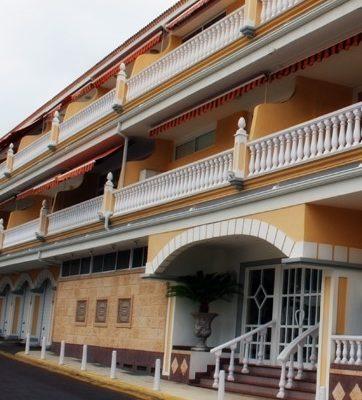 fachada Complejo Ikarus Tenerife