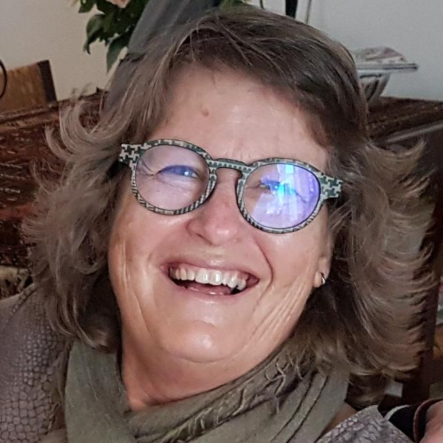 Monique- Directora complejo Ikarus Tenerife